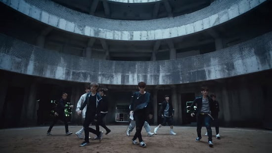 JYPの新人ボーイズグループStray Kids、『Hellevator』フルM/V動画