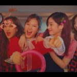 TWICE 『Merry & Happy』フルM/V動画