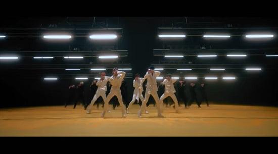 AB6IX 1stフルアルバム『BLIND FOR LOVE』M/V公開