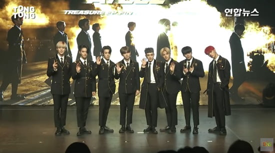 ATEEZ、1stアルバム「TREASURE EP.FIN : All To Action」発売記念ショーケースを開催