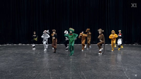 X1 ハロウィンコスプレで『Like Always』ダンス映像公開