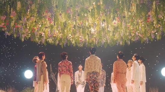 SEVENTEEN 日本2ndシングル『舞い落ちる花びら』M/V予告映像を公開