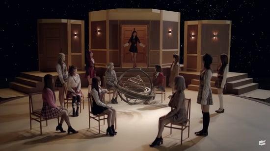 IZ*ONE 『D-D-DANCE』M/V予告映像を公開