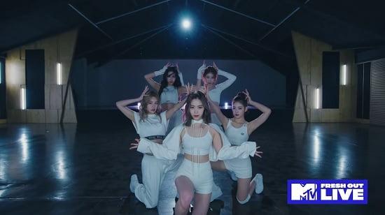 ITZY 米MTVでダンス映像を単独先行公開
