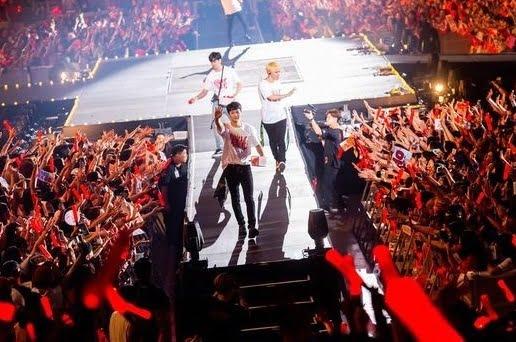 iKON 「iKON 2018 CONTINUE TOUR」を開催
