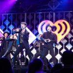 MONSTA X 2年連続「Jingle Ball」ツアーで華やかなステージを披露